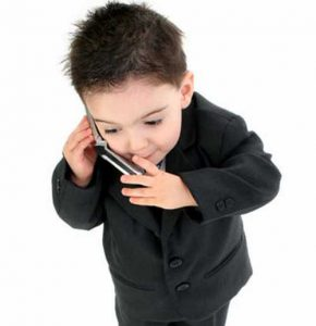 When Should You Give Your Child a Cell Phone?