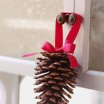 Christmas Crafts – Christmas Doorknob Decorations