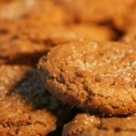 Diet Cookie Recipes: Crunchy Banana Cocoa Rounds