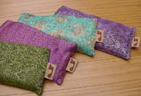 Barefoot Yoga Silk Eye Pillow Review And Sweeps