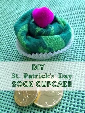 St.Patrick'sdaysockcupcake