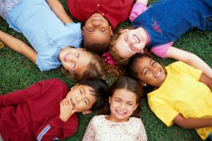 How To Help your Child Meet New Kids and Build Lasting Friendships