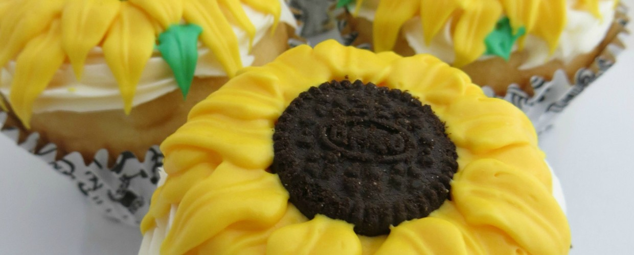 Easy to Make Sunflower Cupcakes
