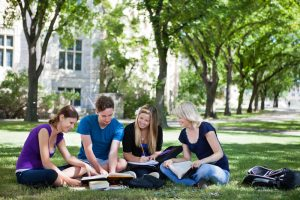 5 Things to Consider When Choosing a College Campus to Attend
