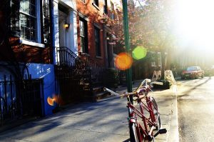3 Things to Look for in a New Neighborhood When Living with Your Family
