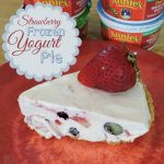 Strawberry Frozen Yogurt Pie #ChooseGood  #Annies #Giveaway